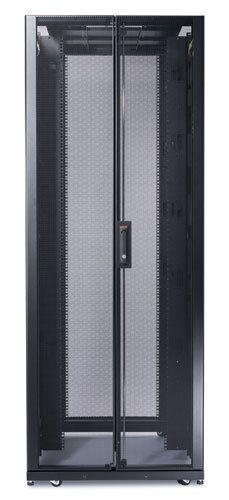 """APC NetShelter SX Serverschrank mit Wänden 19"""" (B/T:750x1200mm) 45U schwarz AR3355"""